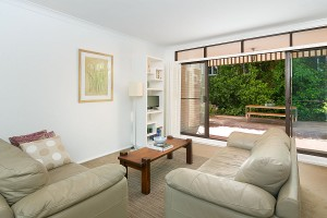 LOUNGE_2_59_OSullivan_Rd_Rose_Bay