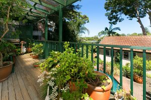 BALCONY_668_Old_South_Head_Rd_Rose_Bay