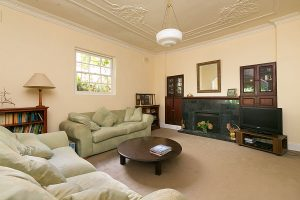 LOUNGE_668_Old_South_Head_Rd_Rose_Bay